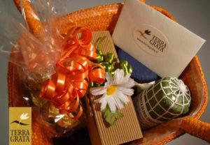 Confezioni Regalo Personalizzate - Terra Grata - Cesti regalo, Cesti natalizi e pasquali, Regali Aziendali, Regali Personalizzati e Prodotti Artigianali
