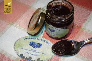 Confettura / Marmellata artigianale e naturale di More Terra Grata piccoli frutti di bosco.Confetture e marmellate originali e confetture e marmellate particolari: la nostra ricetta marmellata.