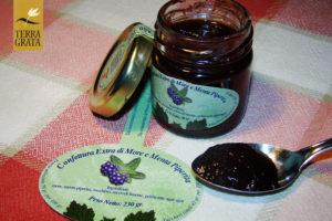 Confettura / Marmellata artigianale More e Menta piperita Terra Grata da abbinare al cioccolato. Gusti originali